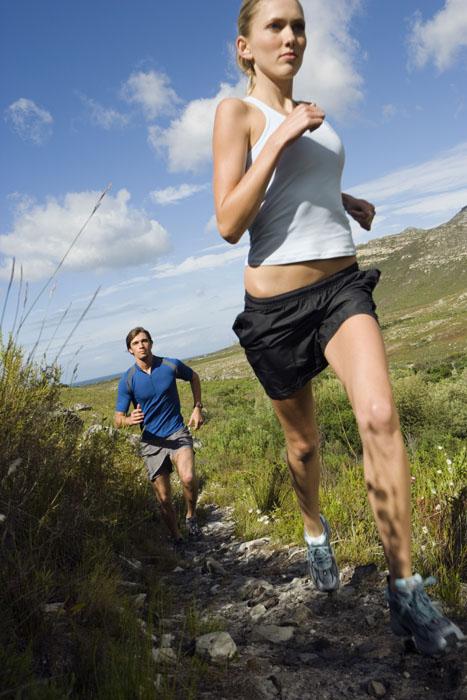 People trail running in Southern Utah
